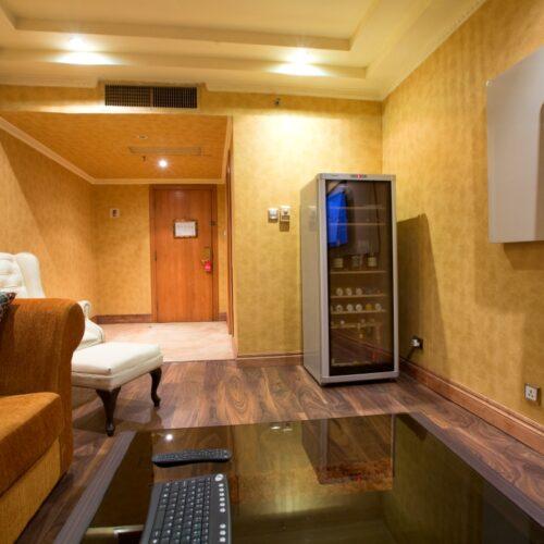 Deluxe Suites